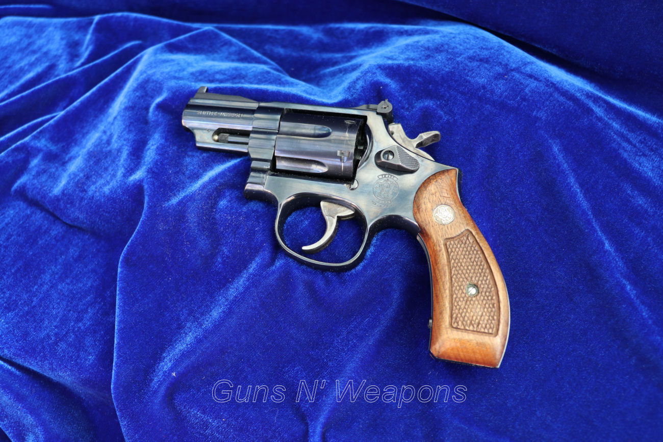 Smith & Wesson Model 19 2 5″ Barrel 357 Magnum Snub Nose Revolver